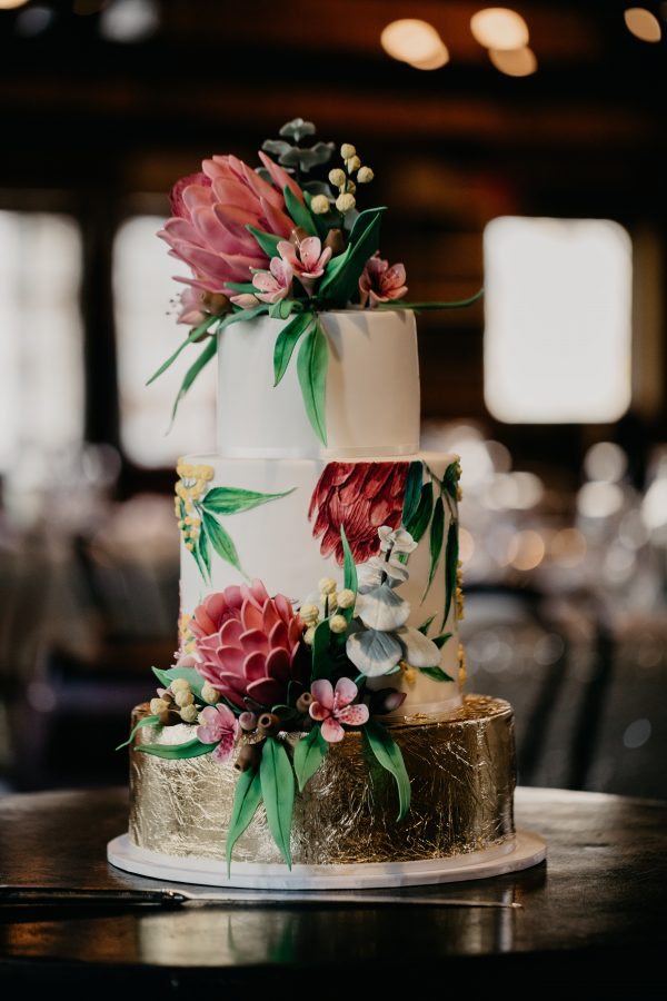 Australian-native-wedding-cake-1
