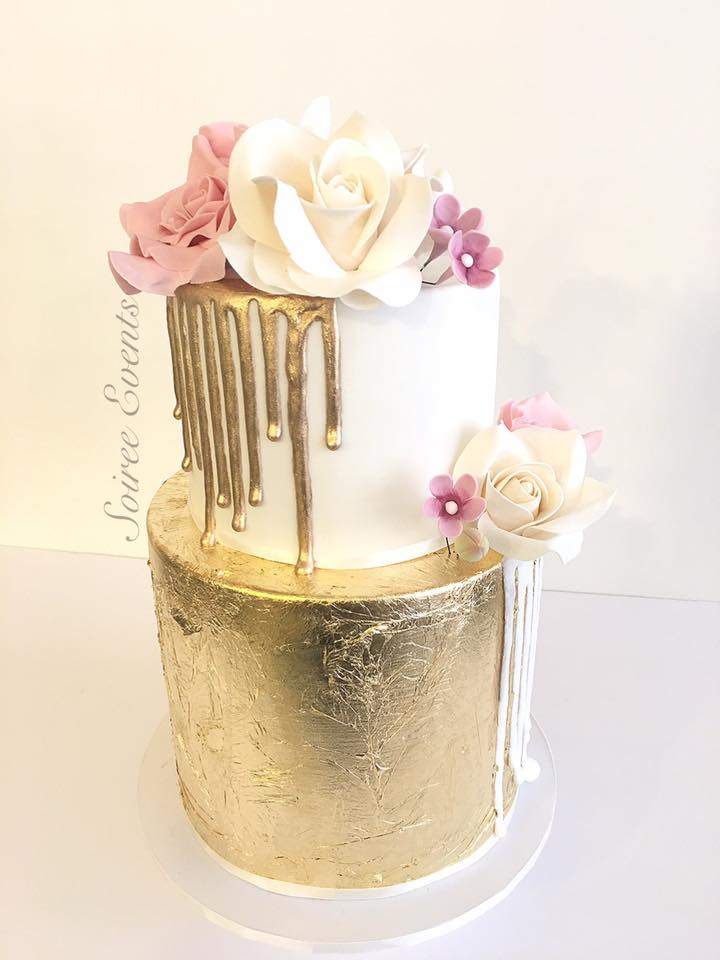 Goldleaf and Gold Drip Cake
