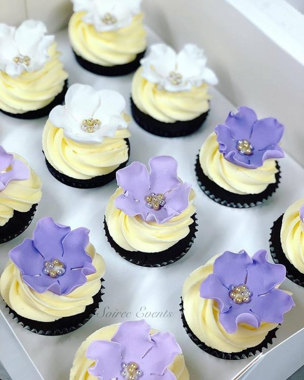 Purple Sugarflower Cupcakes