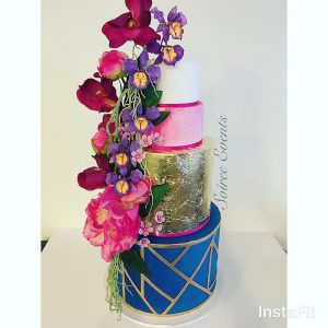 Geometric Goldleaf Cake