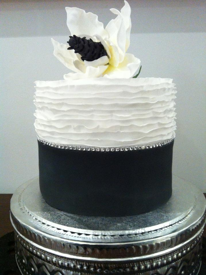 black and white southern magnolia cake