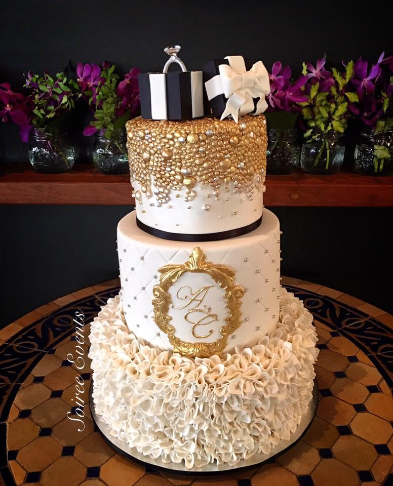 champagne bubble ring box engagement cake 2