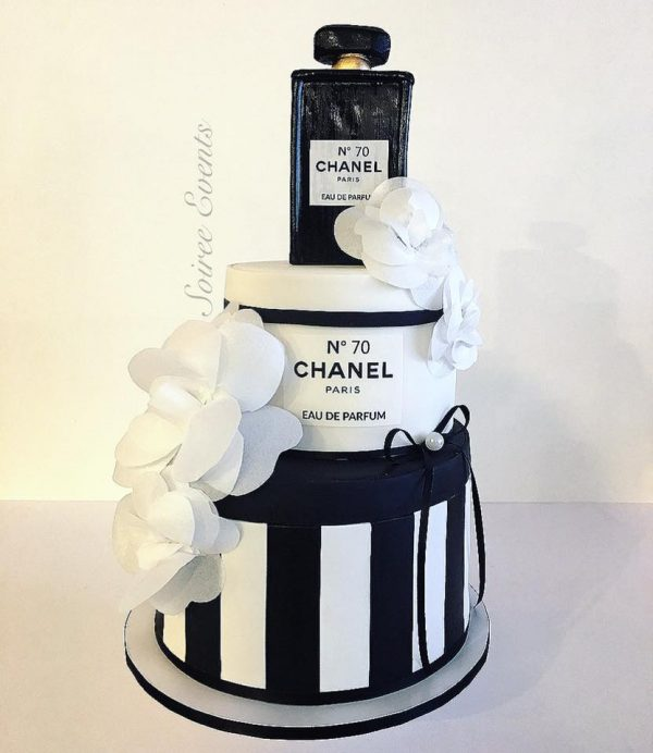 chanel hat box cake