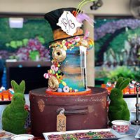 mad hatter drip cake for tpg